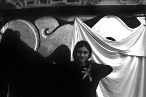laura_film_pb_hand vor 22
